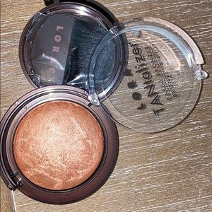 Lorax TANtalizer Baked Bronzer for face & body